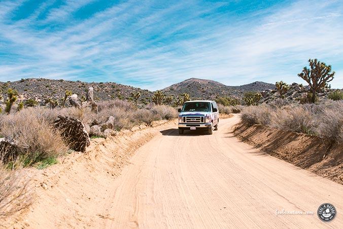 Wohnmobil USA Gravel Road