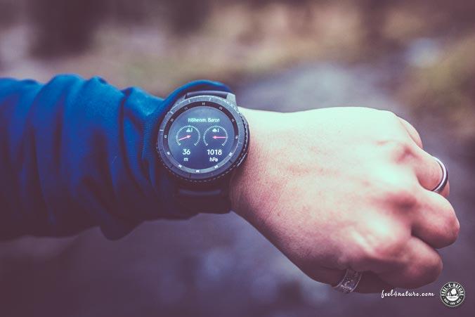 Outdoor Smartwatch Barometer