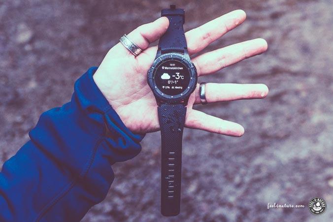 Outdoor Smartwatch Design