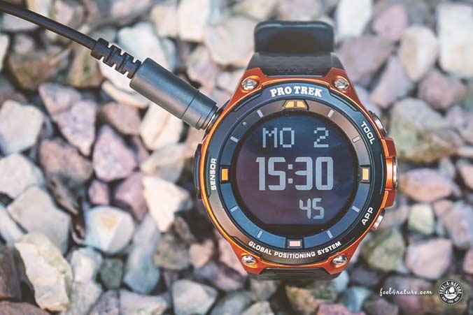 Pro Trek Smartwatch Ladekabel
