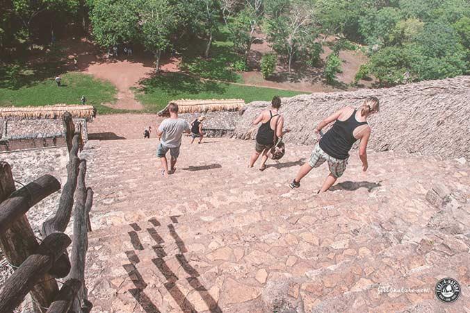Maya Pyramide Besteigen
