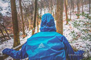 Die besten Outdoor Regenjacken zum Wandern & Co. im Test