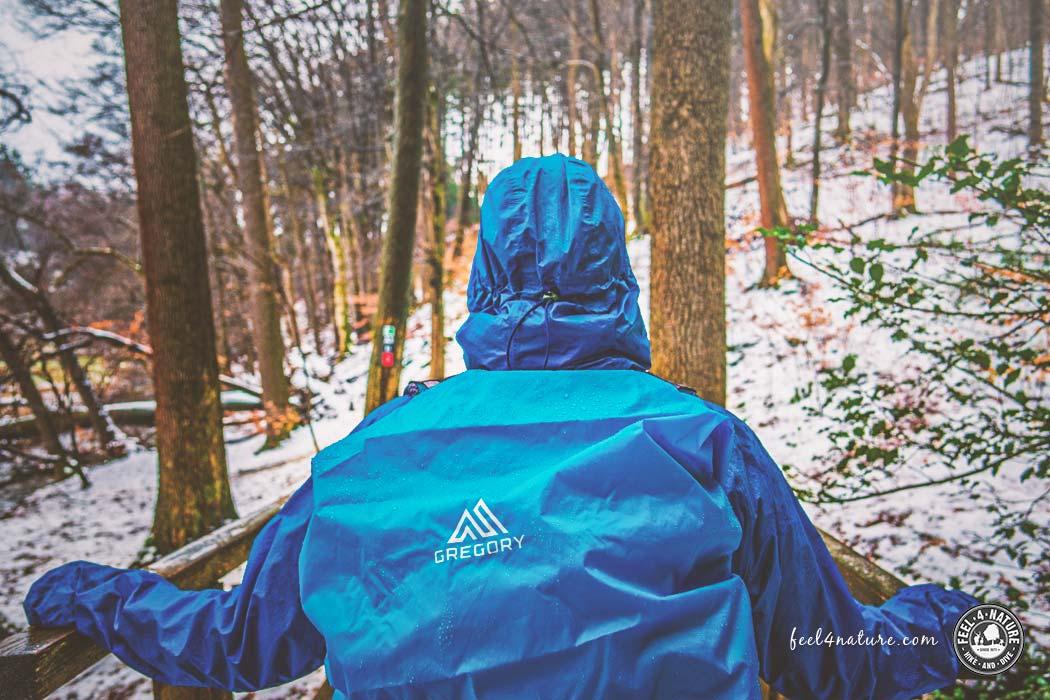 Die besten Outdoor Regenjacken zum Wandern & Co. im Test › feel4nature